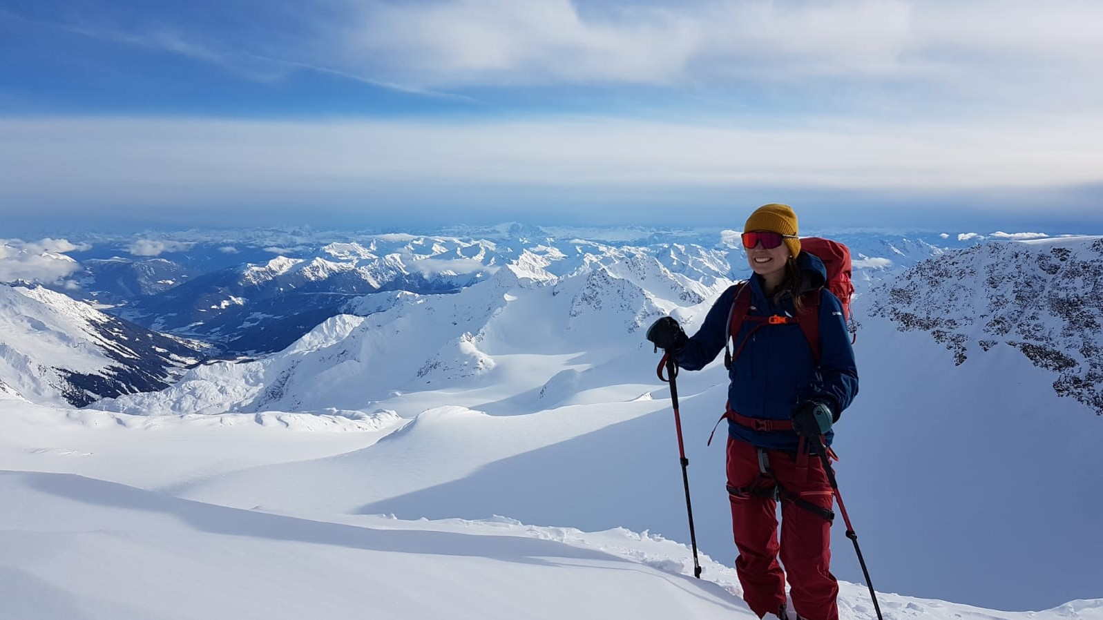 Andrea Hochmuth beim Skitourengehen