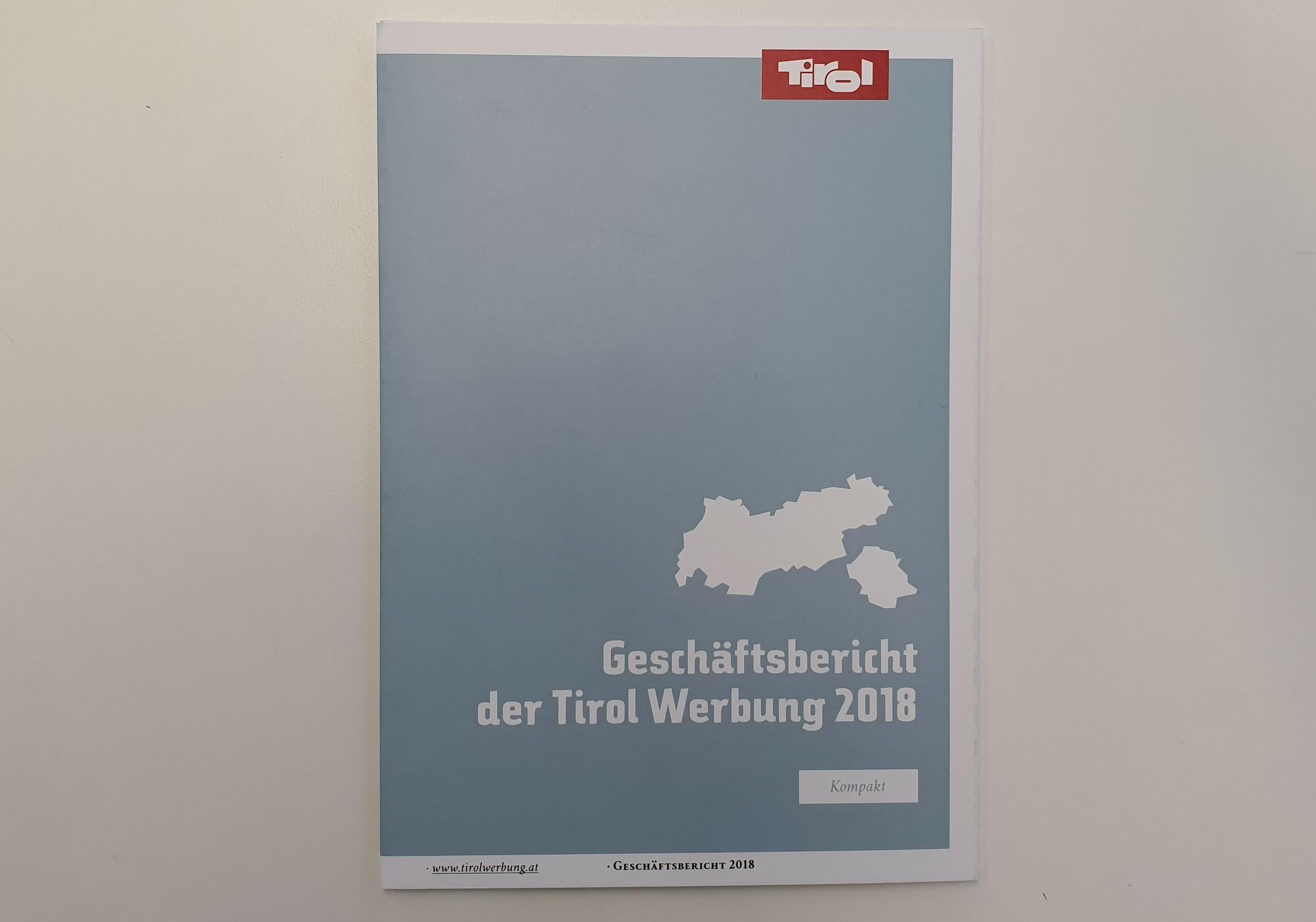 Cover Geschäftsbericht 2018