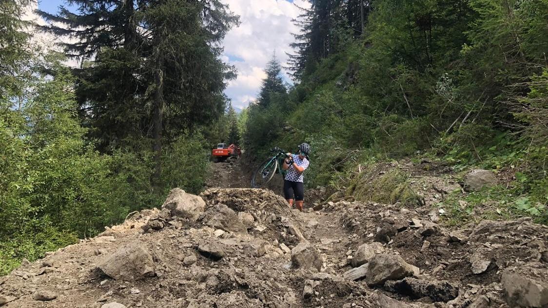 Kasia Gaczorek, Mountainbike, Erdhügel