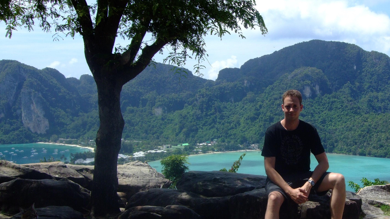 Thomas Apolloner, Ko Phi Phi