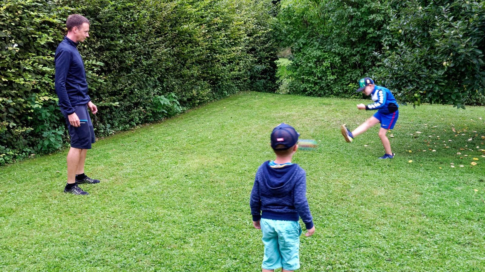 Thomas Apolloner, Fußballspielen