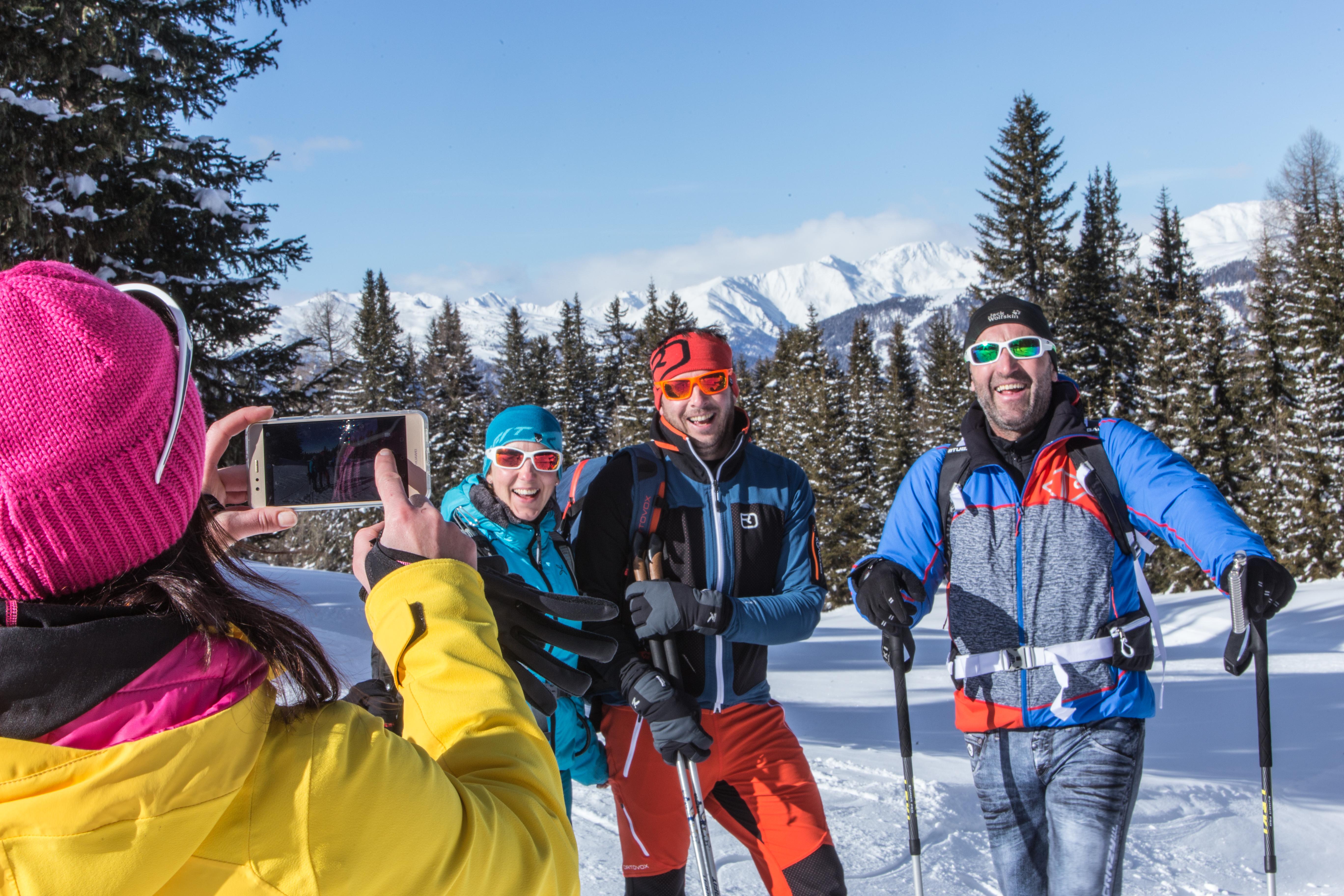 Gruppenfoto im Winterwanderdorf Kartitsch